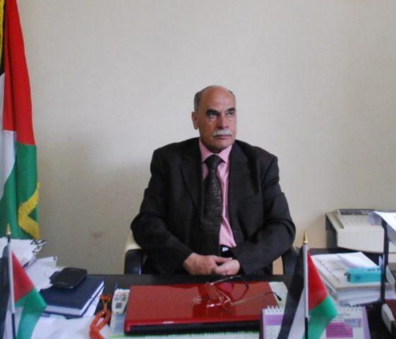 أبو سمهدانة يدعو لتنفيذ قرار الرئيس بشأن رواتب الأسرى والمحررين