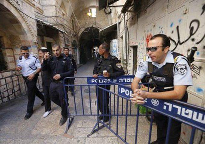 الاحتلال يفرج عن 5 فلسطينيين بشرط الإبعاد عن الأقصى أسبوعين