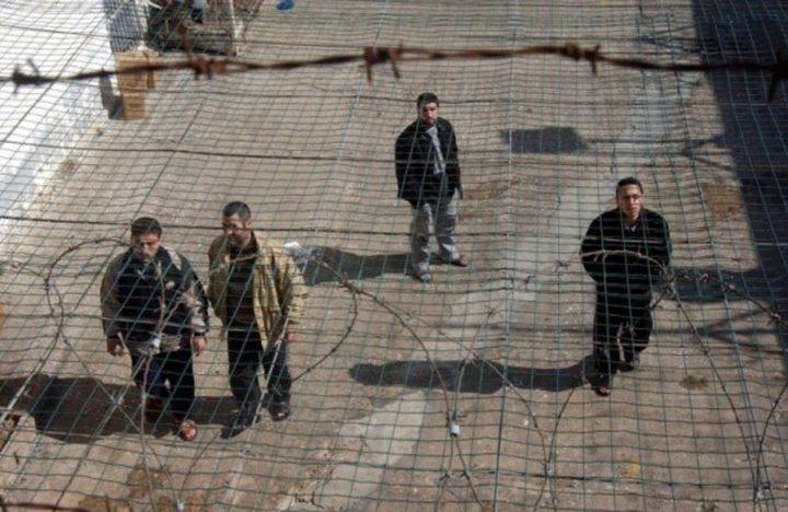 700 أسير مريض في سجون الاحتلال الاسرائيلي