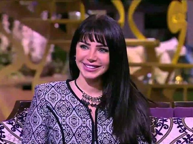 إنجي علاء تنفي خوضها تجربة التمثيل