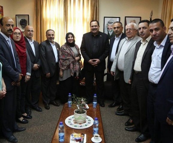 انهاء اجراءات تأشيرات دخول معلمين فلسطينيين الى الكويت