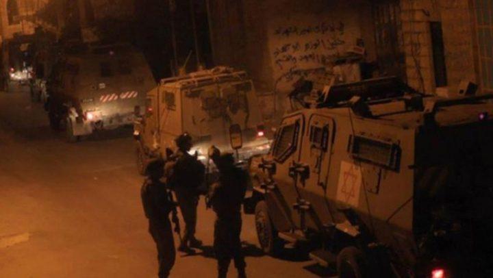 قوات الاحتلال تقتحممسجد الأربعين في العيسوية