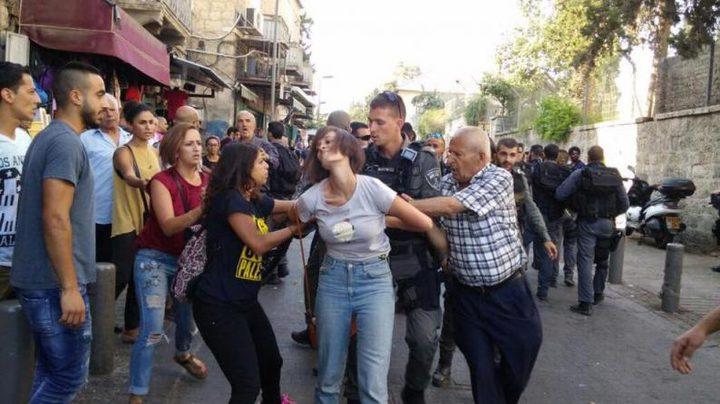 الاحتلال يقمع مسيرة تضامنية مع الأسرى في القدس