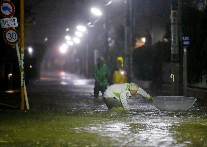 اليابان: قتلى ومفقودين بسبب الفيضانات