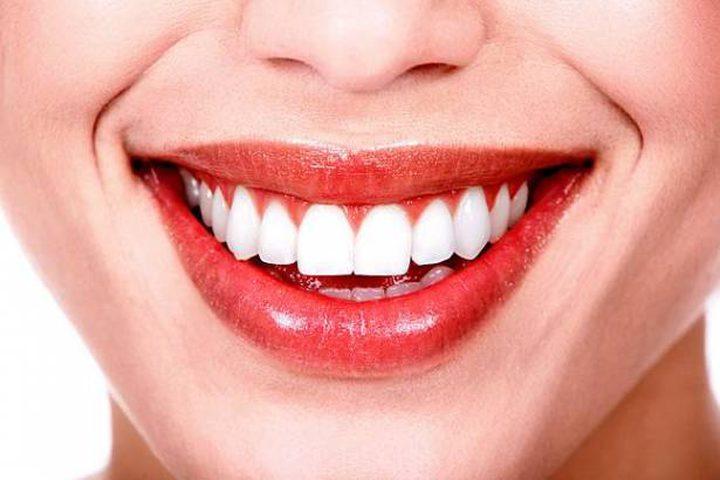 أهم العناصر الغذائية للمحافظة على صحة أسنانك