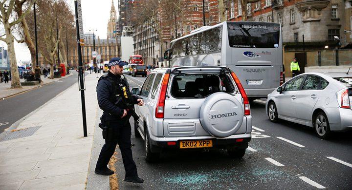 مواطنون يضربون لصاً في لندن