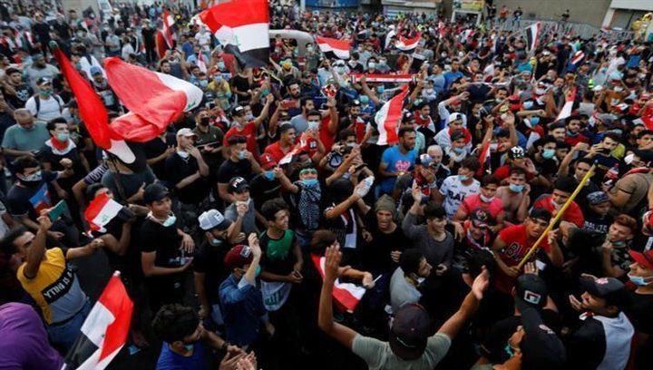 آلاف العراقيين يواصلون الاحتجاج لليوم الرابع على التوالي