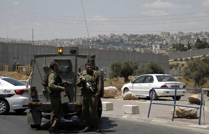 الاحتلال يحتجز أسيرا محررا من برقين