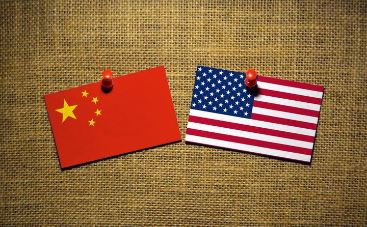 """عقوبات أمريكية جديدة على شركتي """"هواوي"""" و""""زد تي إي"""" الصينيتين"""