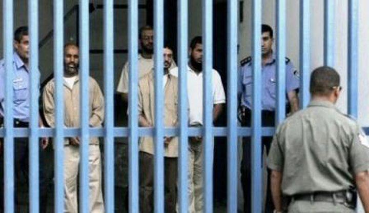 منظمة دولية تدعو للضغط على الاحتلال لإلغاء الاعتقال الإداري