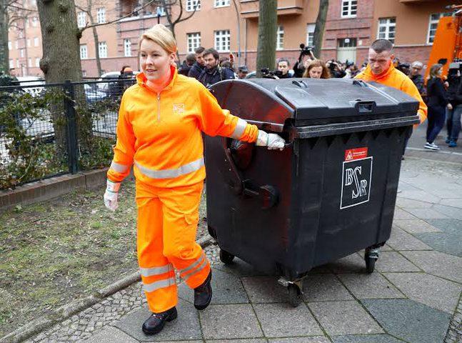 تثبيت درجة الدكتوراه لوزيرة المانية بعد اتهامات بالسرقة العلمية