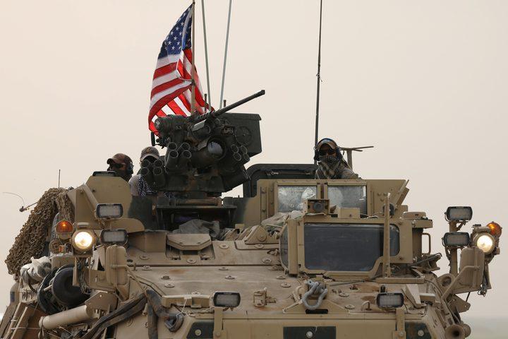 الدفاع الروسية: استهداف قافلة عسكرية أمريكية بسوريا