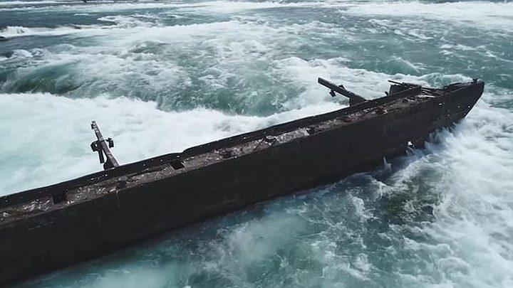 شاهد الفيضانات تحرك سفينة عالقة أعلى شلالات نياغرا منذ قرن !