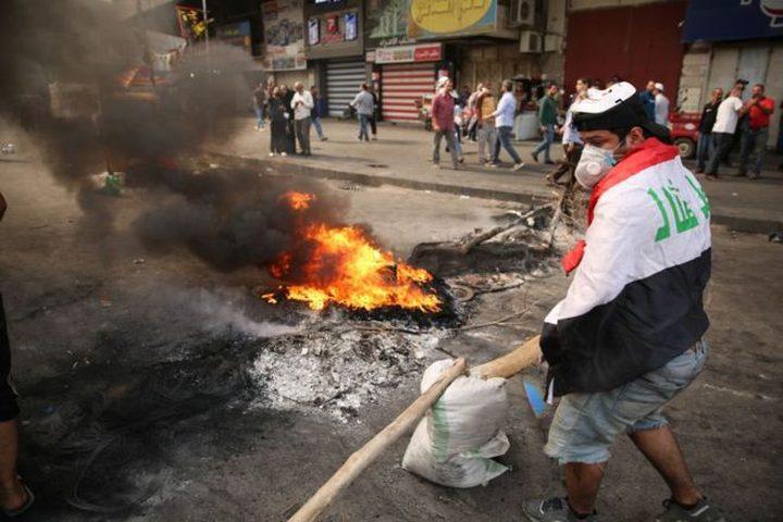 العراق: متظاهرون يواصلون قطع طرق بغداد