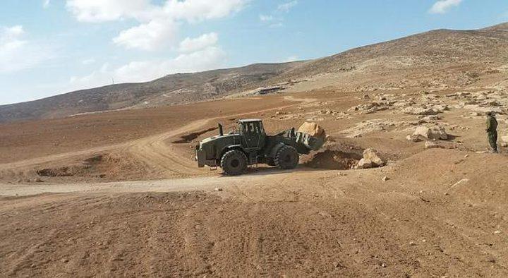 الاحتلال يزيل 4 خيام بمسافر يطا