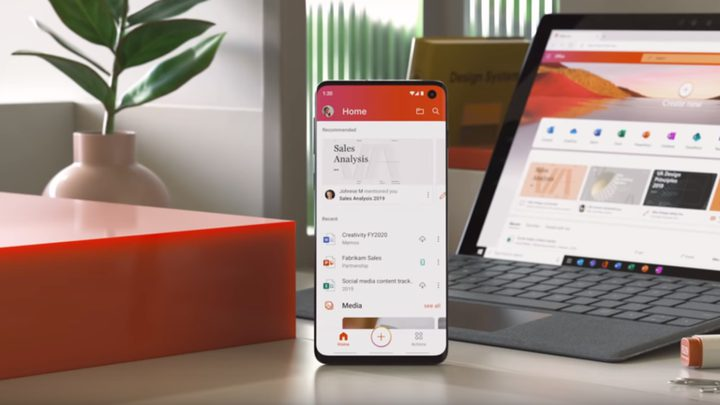 مايكروسوفت لإطلاق Office الجديد كليا للهواتف
