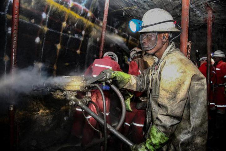 35 عامل منجم عالقون تحت الارض في ألمانيا