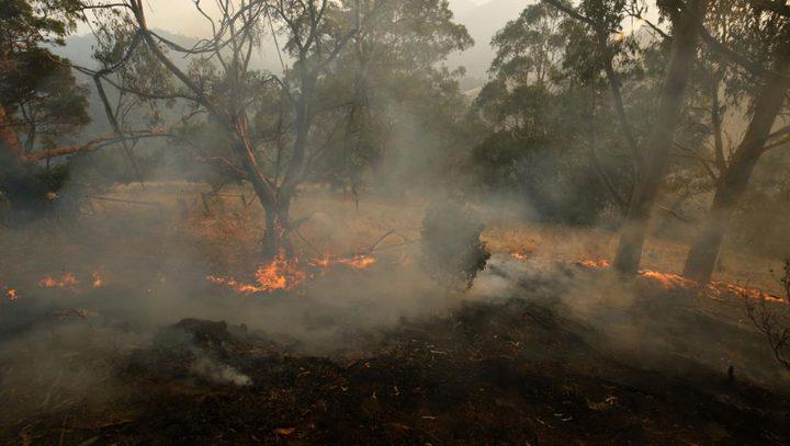 أستراليا: قتيلان وتدمير 100 منزل جراء حرائق