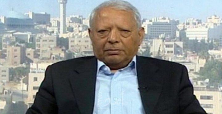 الرئيس يقلد الاعلامي الاردني صالح القلاب نجمة القدس