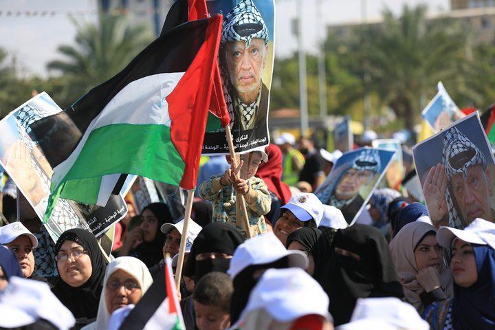 قيادي بفتح يدين منع حماس إحياء ذكرى الشهيد الراحل أبو عمار