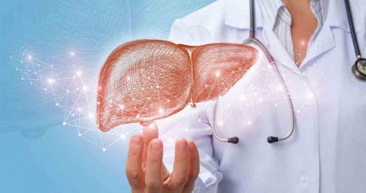 ما هي الأطعمة التي تضر بصحة الكبد ؟
