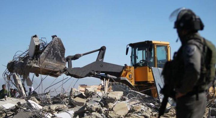 """الاحتلال يهدم غرفتين سكنيتين في منطقة """"المنطار"""""""