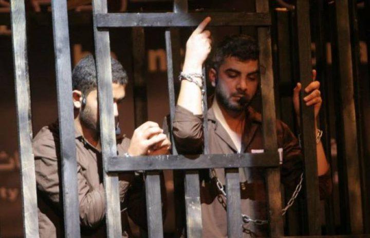 ثمانية أسرى في سجن عسقلان يعانون ظروف صعبة وقاسية