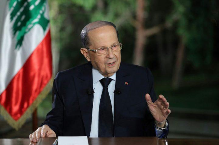 عون يطالب بحكومة تكنو-سياسة إثر مقتل شخص في لبنان