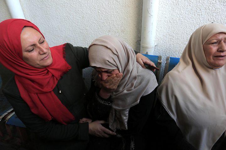 أهالي شهداء عدوان الاحتلال على قطاع غزة، في مشرحة مستشفى الشفاء.