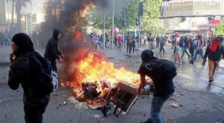 تشيلي : تصاعد الاحتجاجات وتراجع قيمة العملة المحلية البيزو