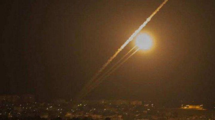 """الاحتلال يزعم: اعتراض صاروخين فوق """"سديروت"""""""
