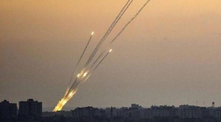 القناة 12: إطلاق الصواريخ من غزة توقف لكن التوتر الأمني مستمر