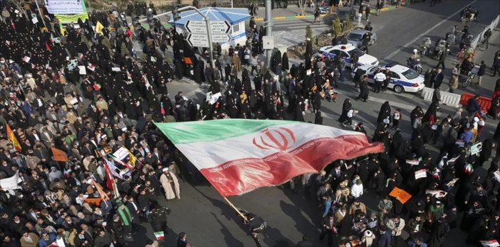 ايران: احتجاجات شعبية ردا على رفع أسعار البنزين