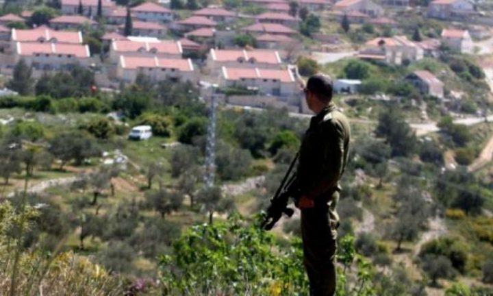 الاحتلال يستولي على مئات الدونمات من اراضي المواطنين