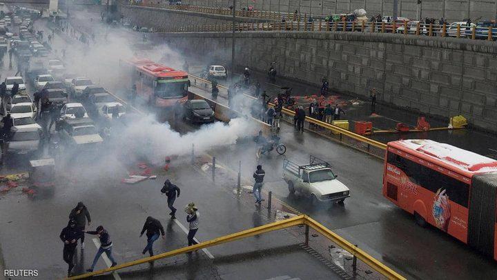 أزمة اقتصادية تفجر المظاهرات في ايران