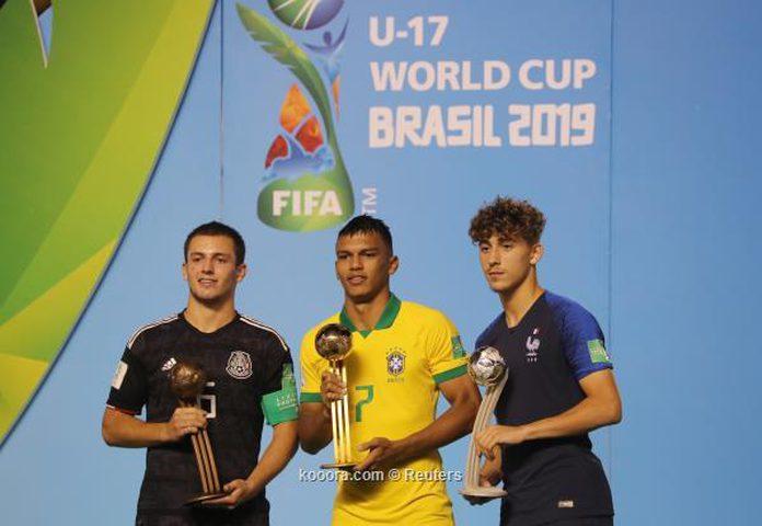 جابرييل فيرون يفوز بجائزة الكرة الذهبية
