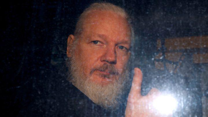 """السويد تغلق التحقيق الأولي بحق مؤسس """"ويكيليكس"""""""