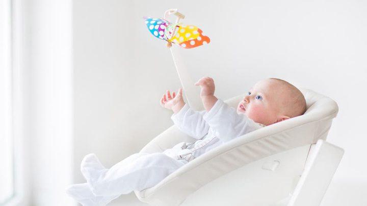 المهد الهزاز خطر على حياة الرضع