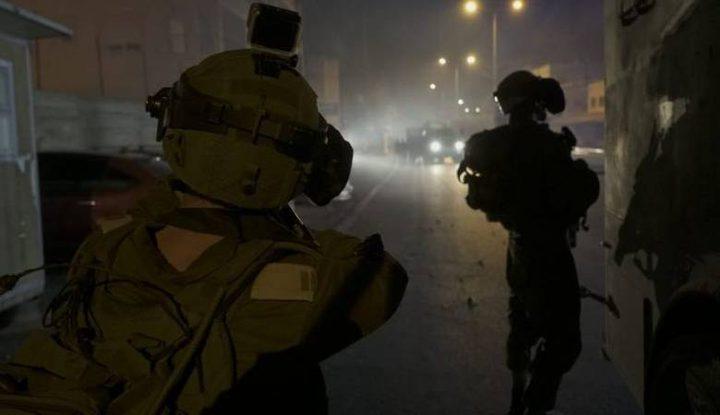 الاحتلال يعتدي على أسيرين محررين