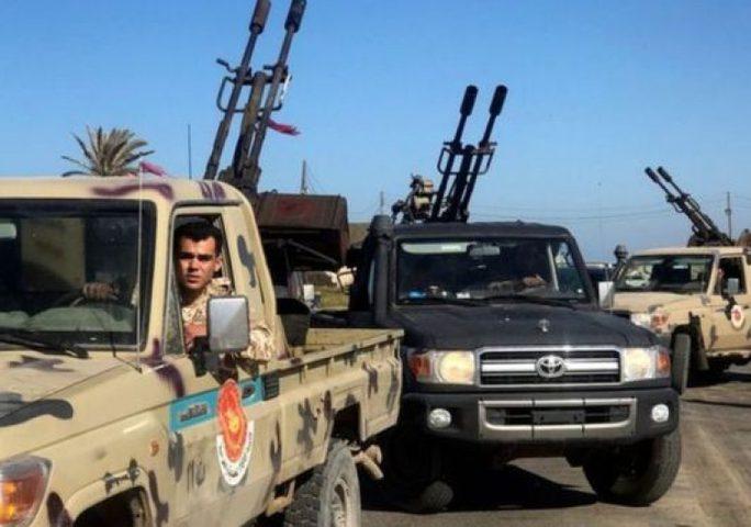 قوات حفتر تفرض الحظر الجويفوق العاصمة الليبية