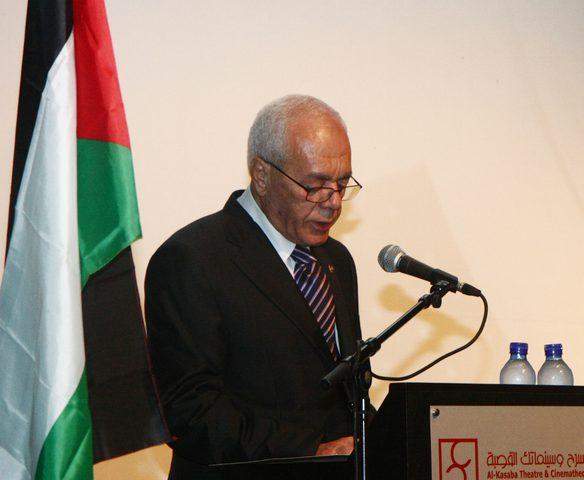 الطيب عبدالرحيم ينفي تصريحات منسوبة له حول الانتخابات