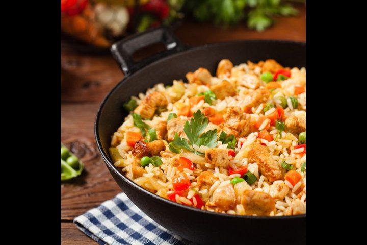ارز بالدجاج والخضار