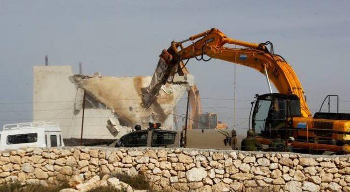 قوات الاحتلال تهدم مقهى غرب بيت لحم