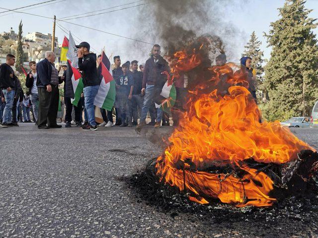 اصابات بمواجهات مع الاحتلال عقب انطلاق مسيرات الغضب