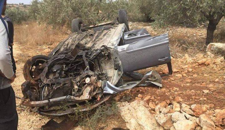 مصرع سيدة وإصابة 3 أشخاص آخرين بحادث سير ذاتي
