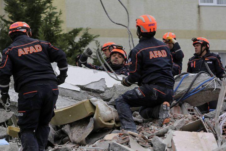 40 قتيلا حصيلة ضحايا زلزال ألبانيا حتى الآن