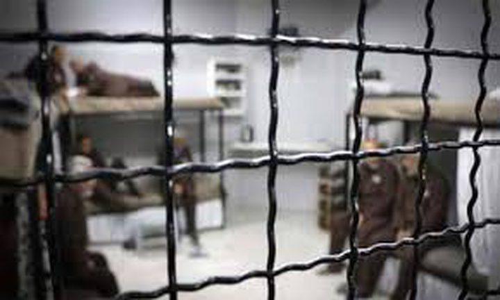 """""""أسرى فلسطين"""": آلاف الأسرى يحتاجون الى كل أشكال التضامن"""