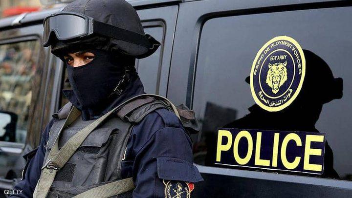 طبيبة مصرية تقتل طفلتها بسبب خلافاتها مع والدها !
