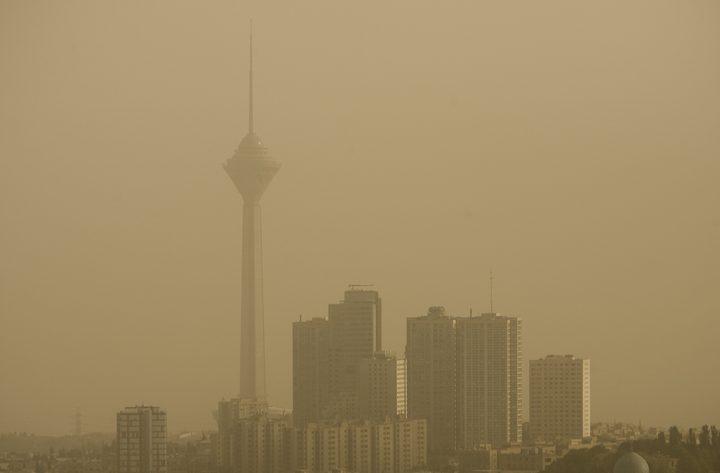 تعليق الدراسة في طهران بسبب تلوث الهواء