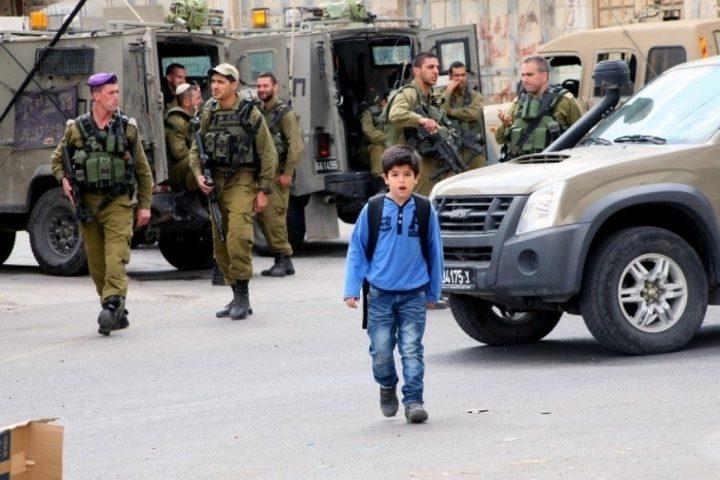 الاحتلال يعتدي على طلبة اللبن الشرقية
